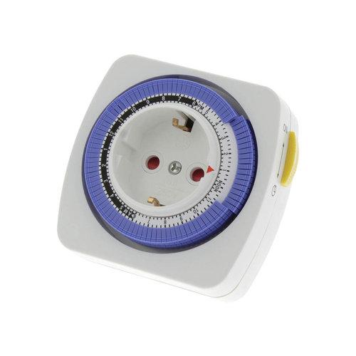 Promax Schakelklok 16A 230V 3500W 96 schakelmomenten per 15min