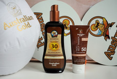 Australian Gold SPF 30 Spray Gel met Bronzer & SPF 50 Face met Self Tanner