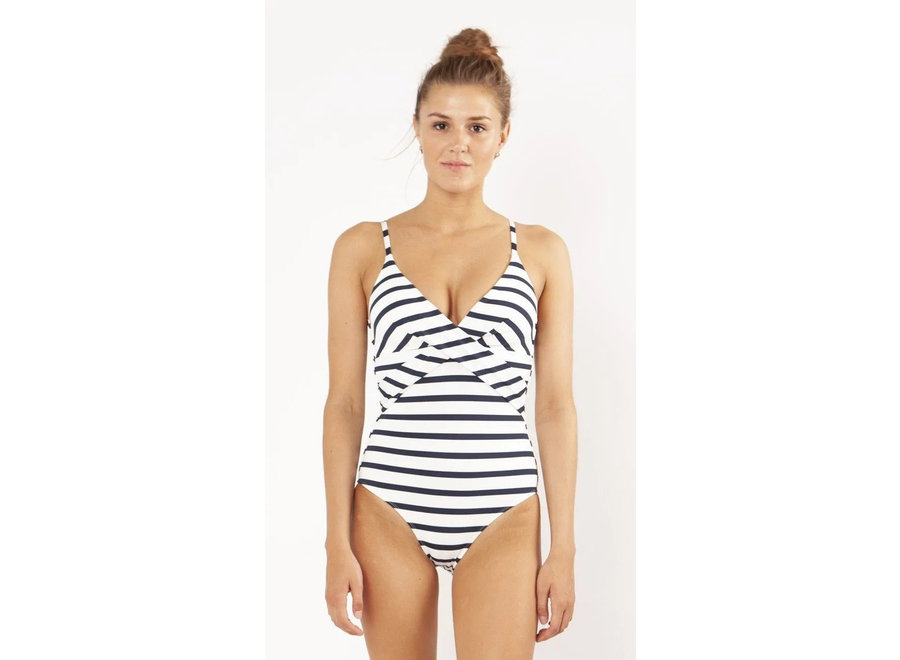 Misty Shaping Suit White
