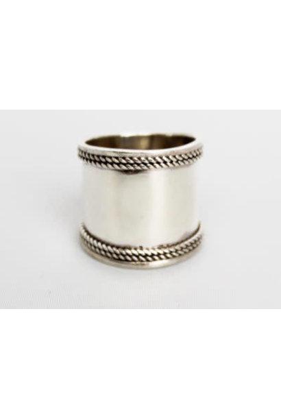 Ring Maya