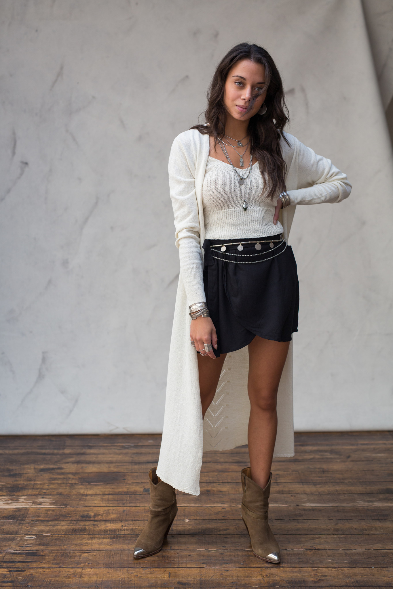 Vest Vive off-white-1