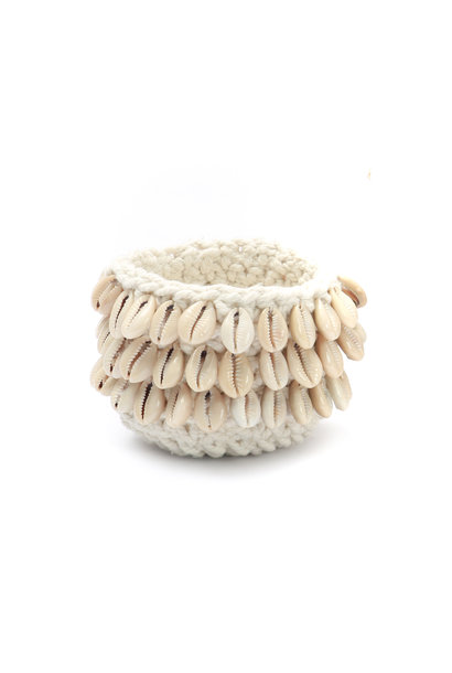 The cowrie macrame natural S