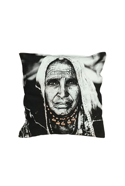 Kussen Woman loves wood 50x50cm