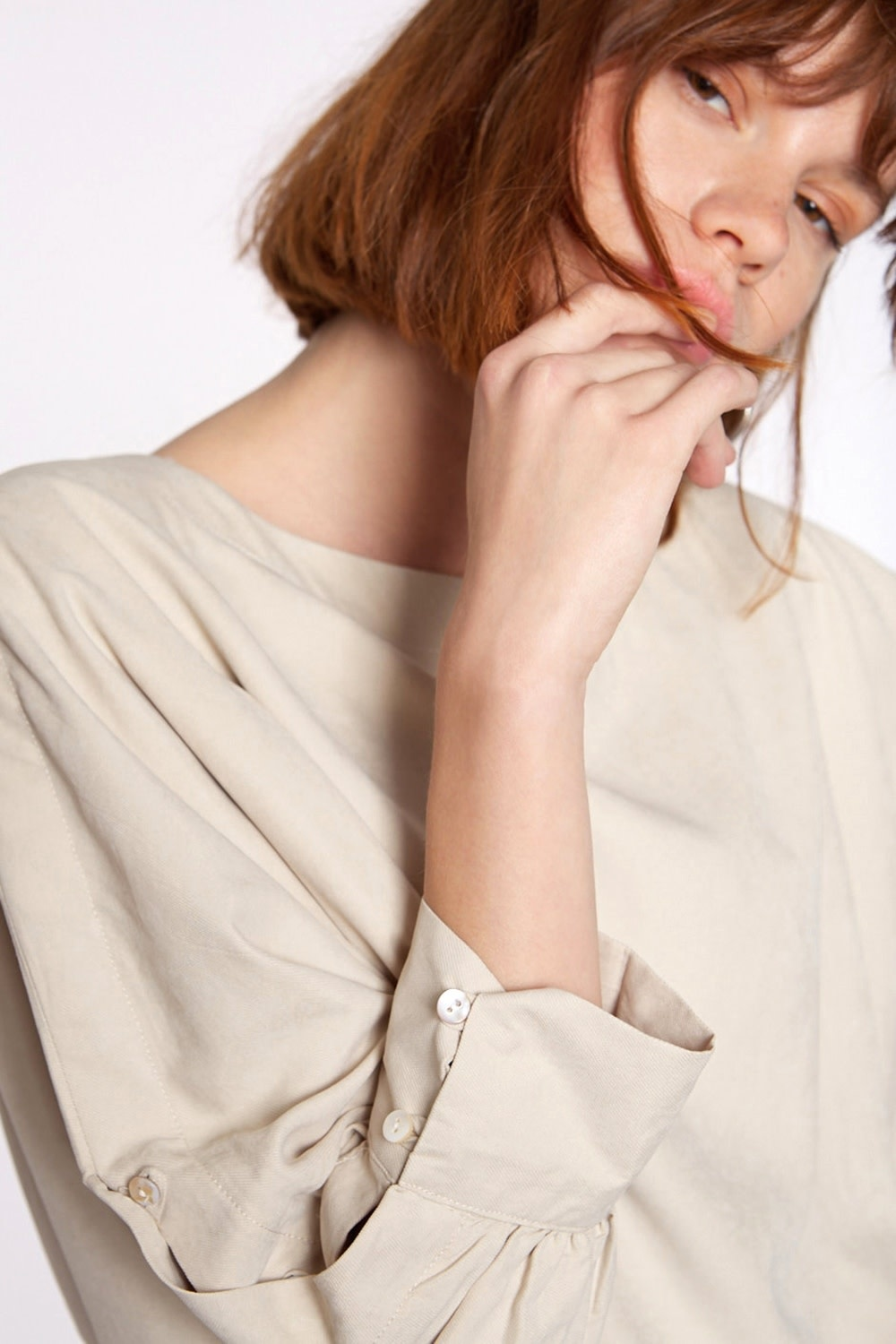 Blouse with buttons in sleeve-3