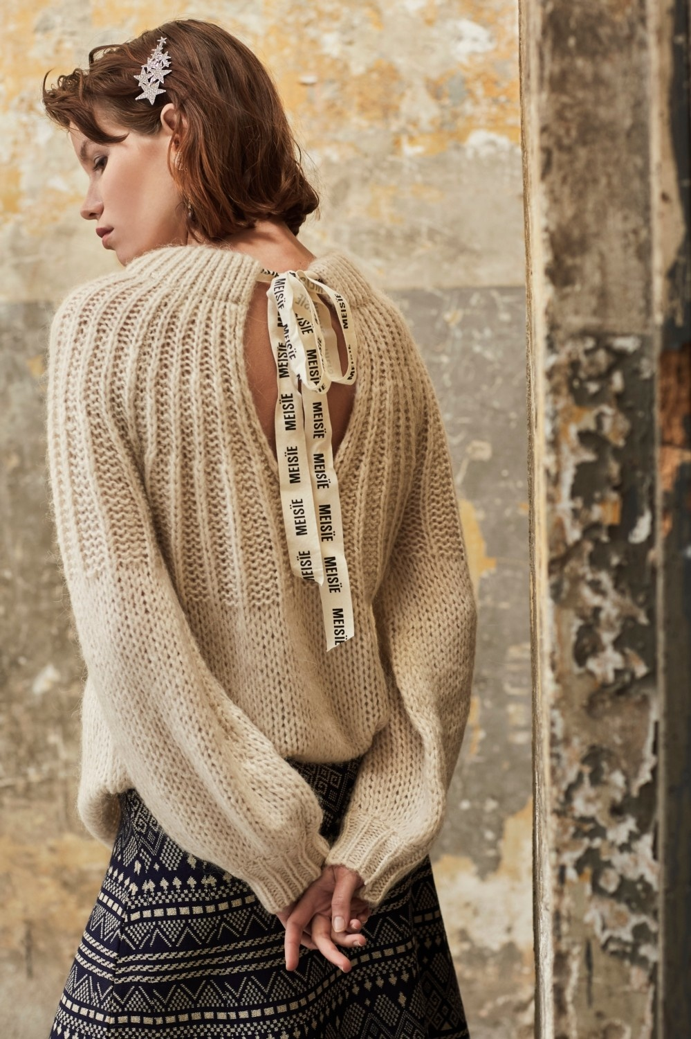 Trui Thick knit sweater with tie behind-3