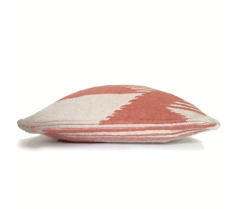 Kussen Nomad mahogany pink cushion-3