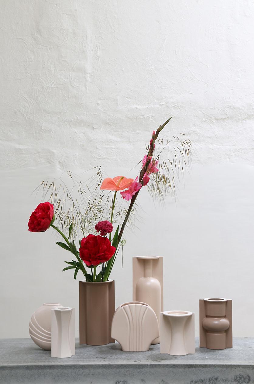 Vaas mold shape flower matt 13x11x15cm Skin-2