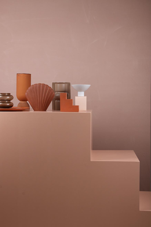 Vaas ceramic flower vase ribbed base rustic-3