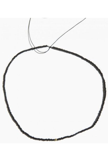 Ketting Mini Black Bead String 14 Karat Solid Gold
