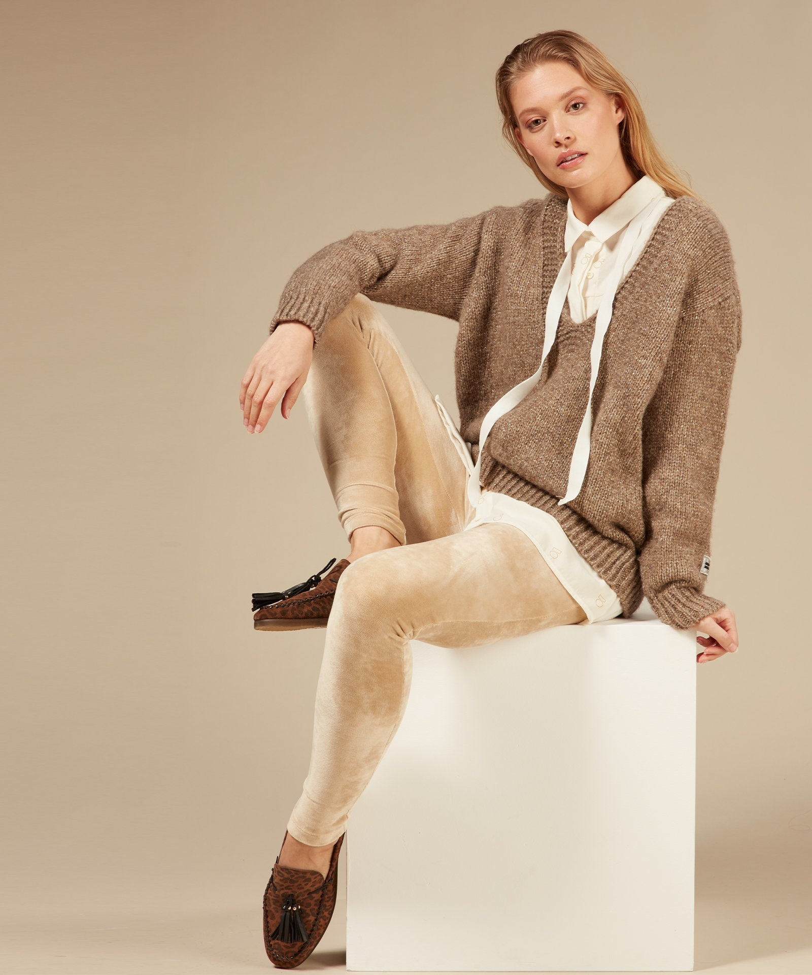 Broek legging velvet champagne-4
