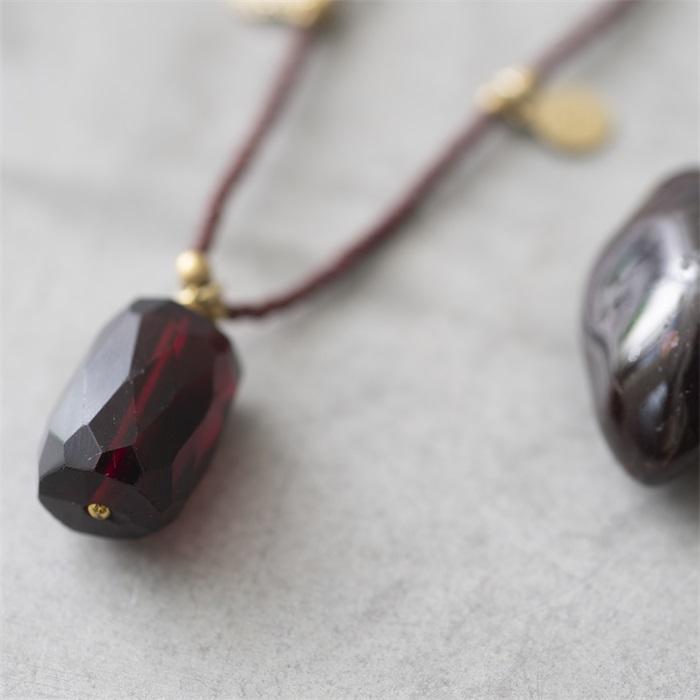 Ketting Charming Garnet Gold Necklace-2