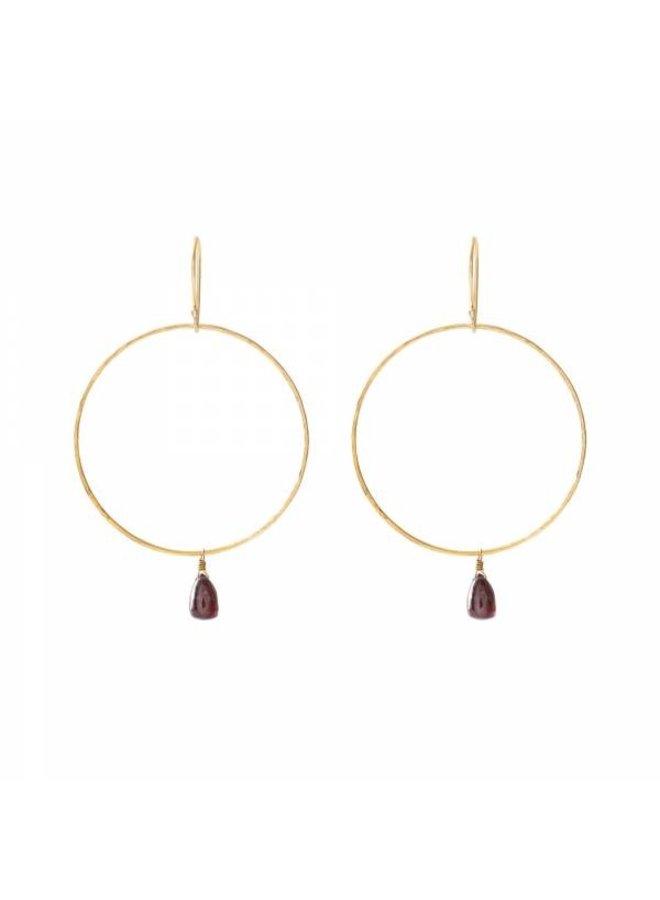 Oorbellen per paar Embrace Garnet Gold Earrings