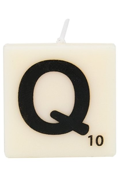 Kaars letter candle Q