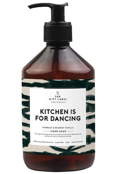 Handzeep kitchen is for dancing