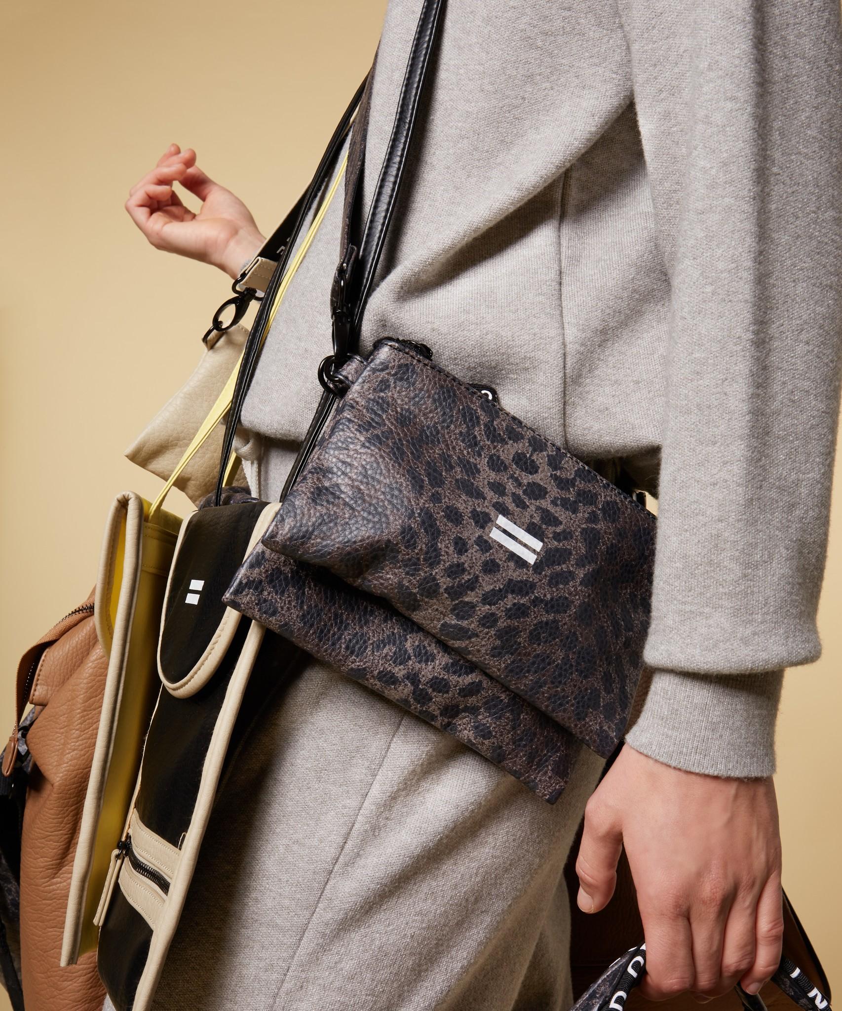Tas make-up bag leopard camo-1