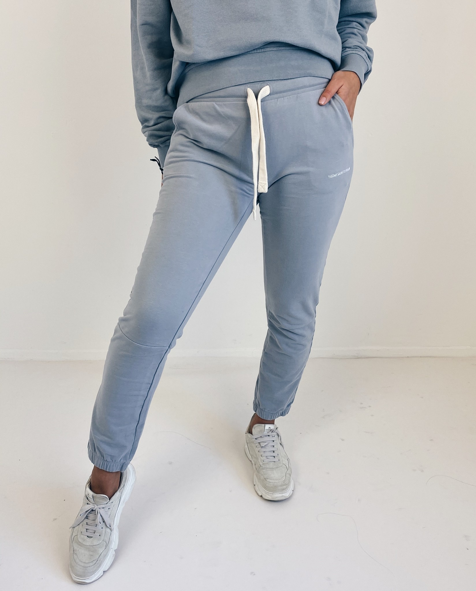 Broek cropped jogger faded grey blue-2