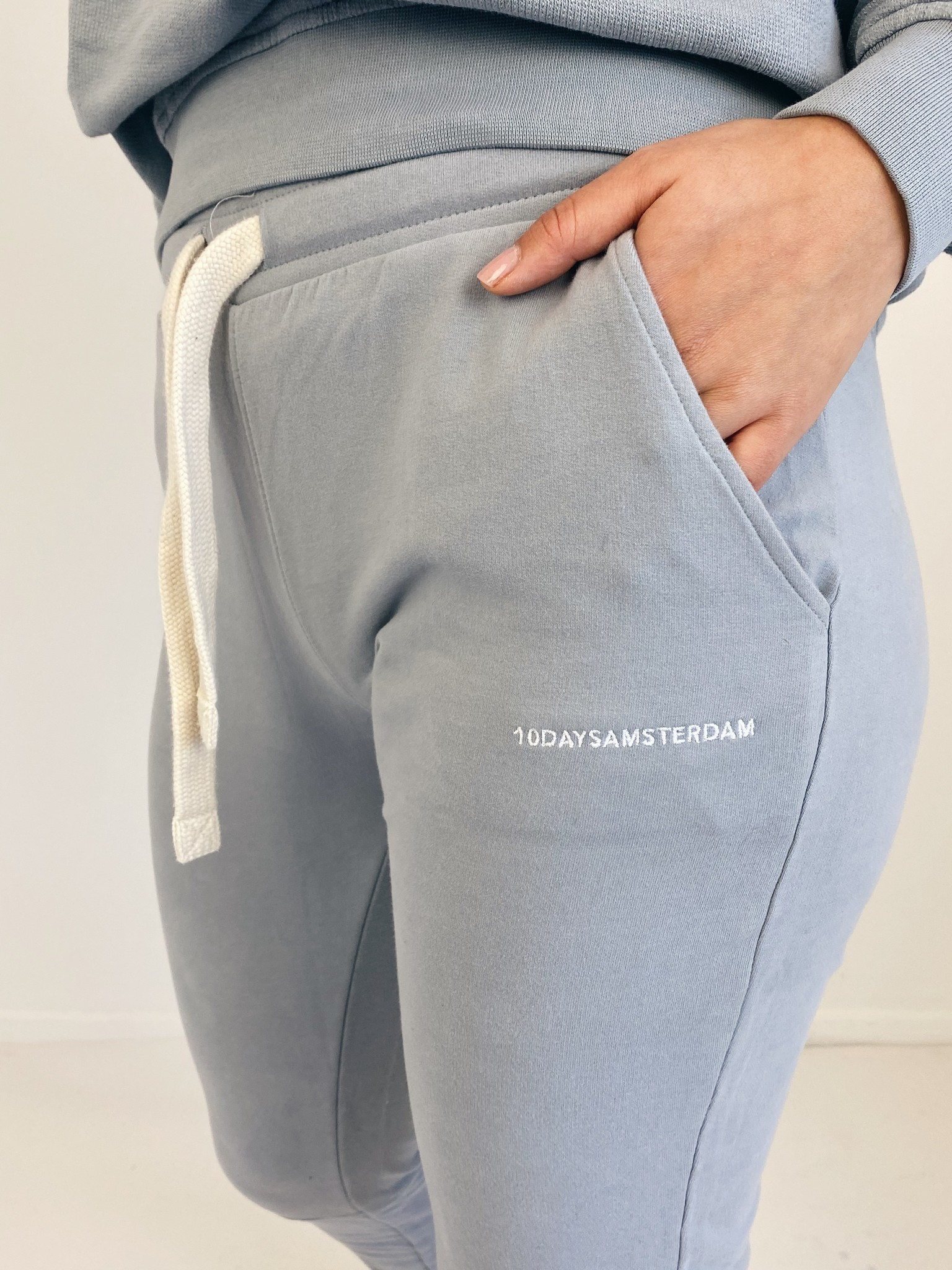 Broek cropped jogger faded grey blue-5