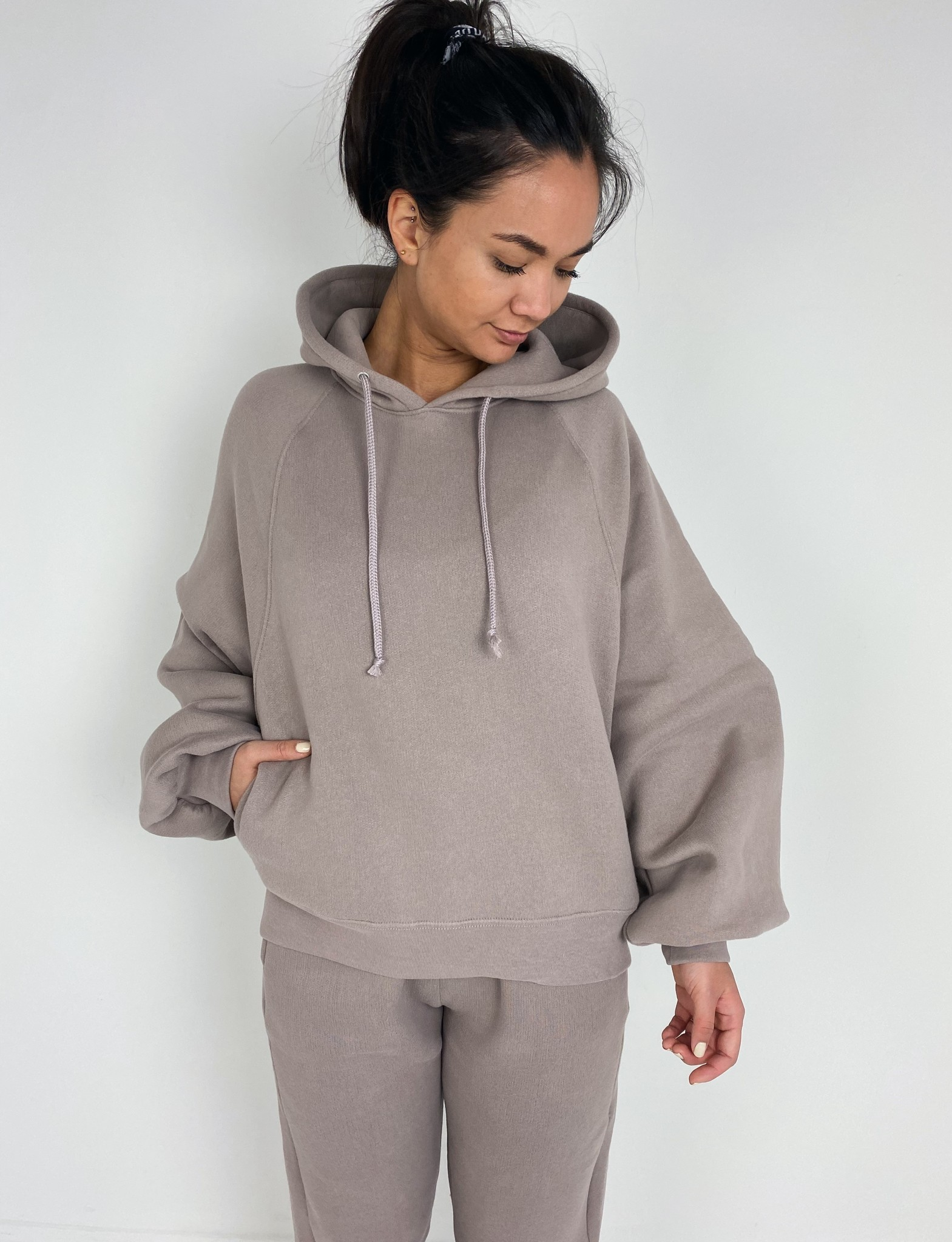 Sweater Ikatown taupe-1