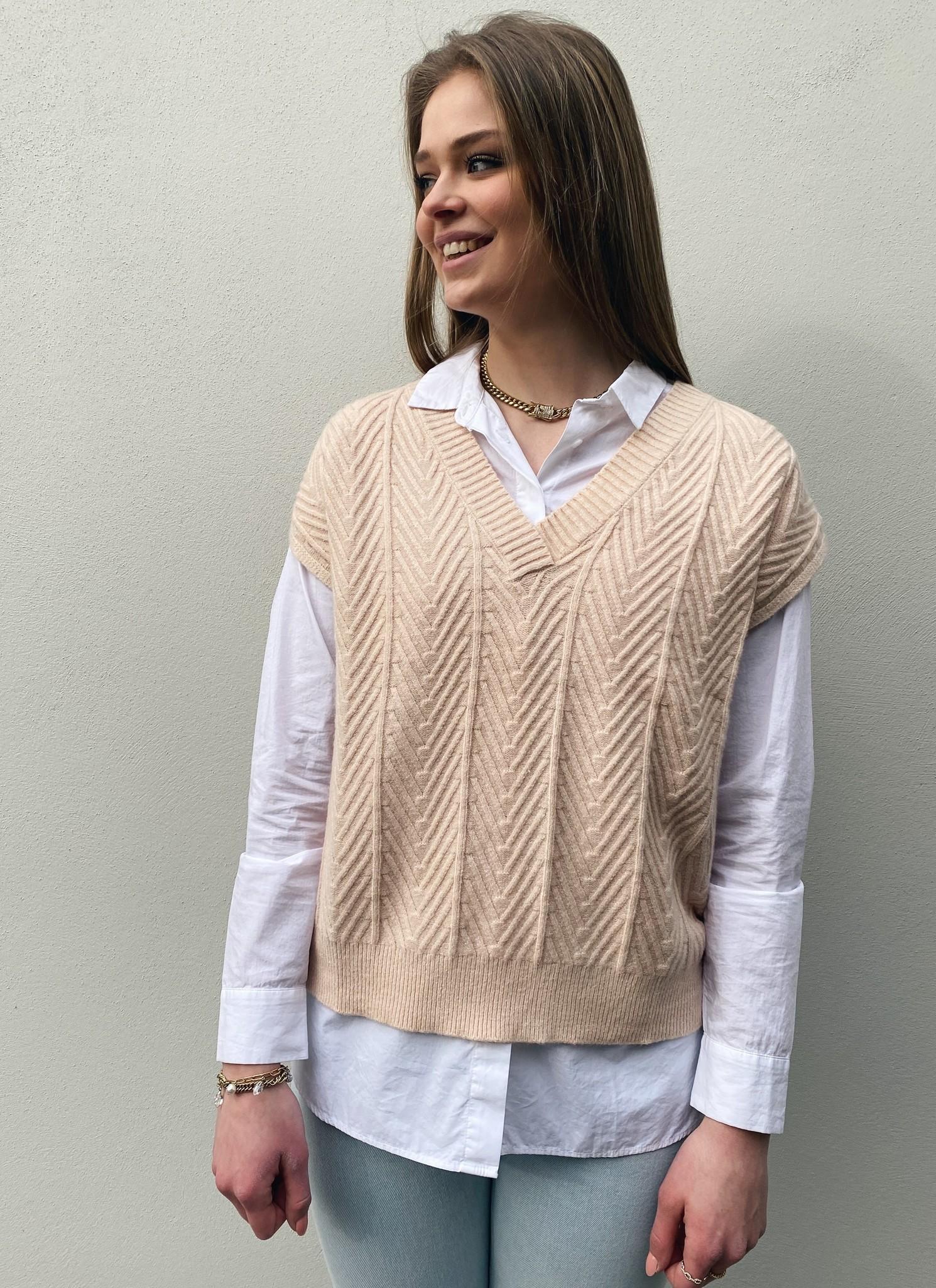 Trui spencer CRMahima sleeveless pullover peach dust-1