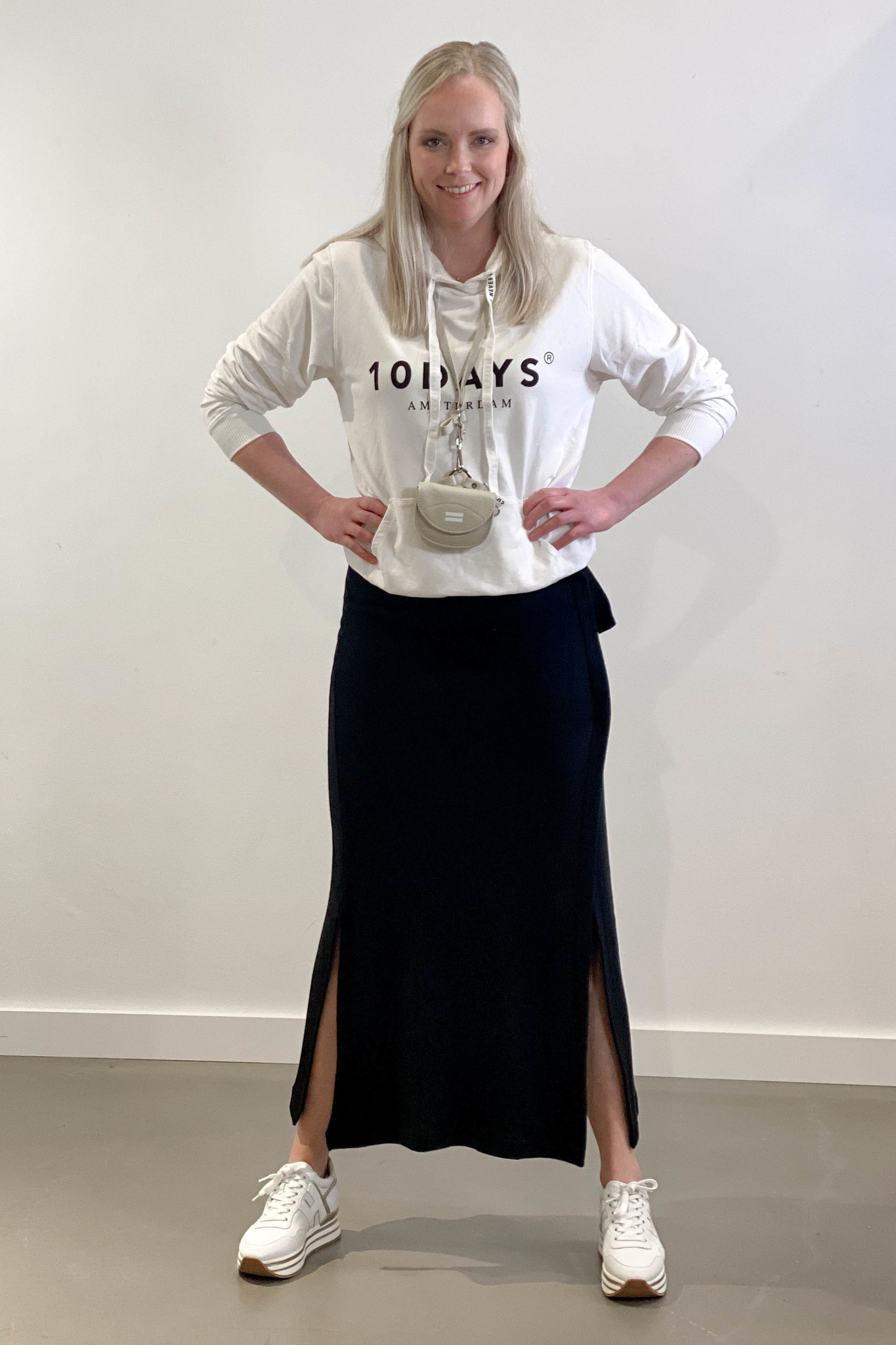 Rok belted long skirt black-1