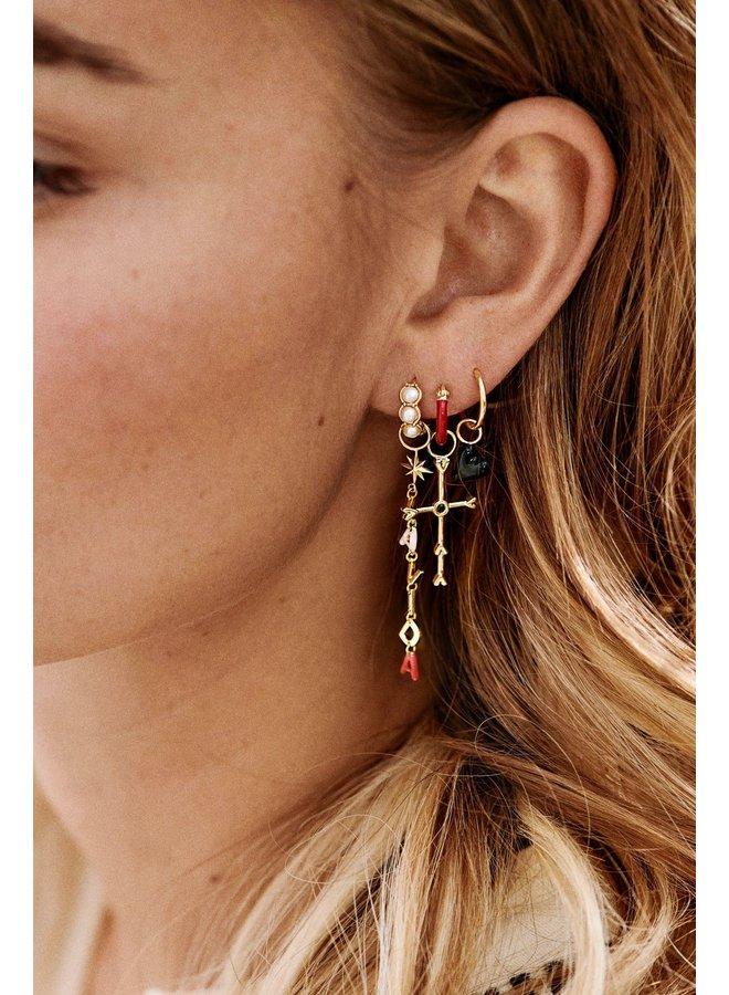 Oorbel single ring earring enamel deep red goldplated rood