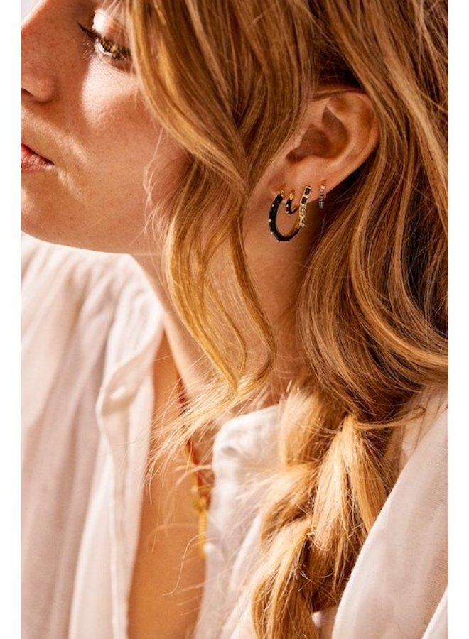 Oorbel single dolly ring earring black goldplated zwart