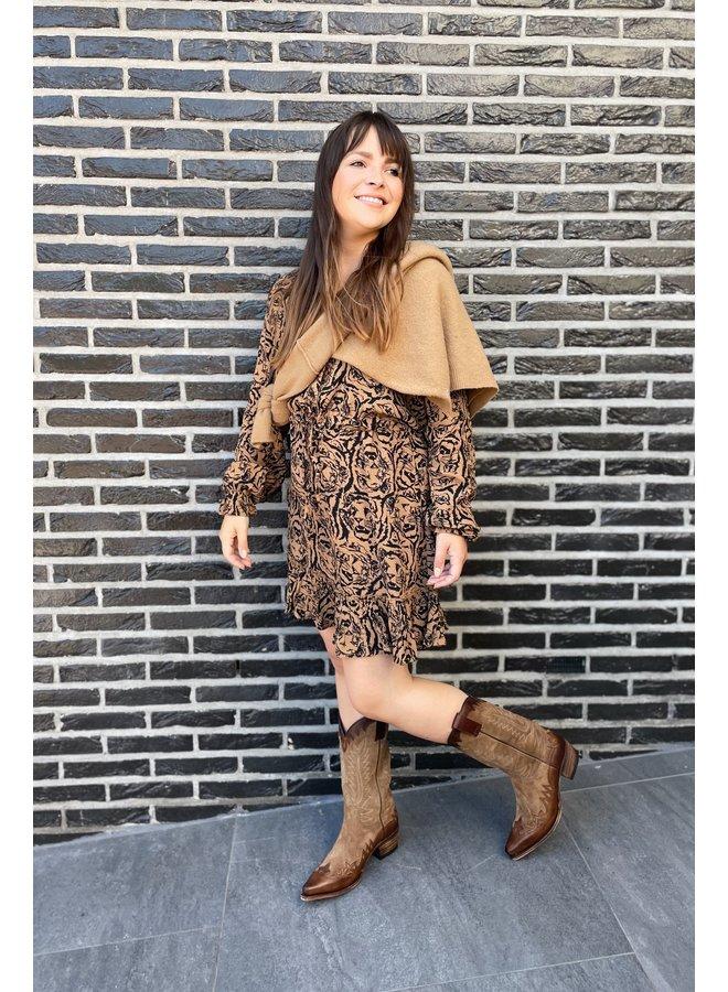 Jurk Ladies woven tiger head dress warm camel