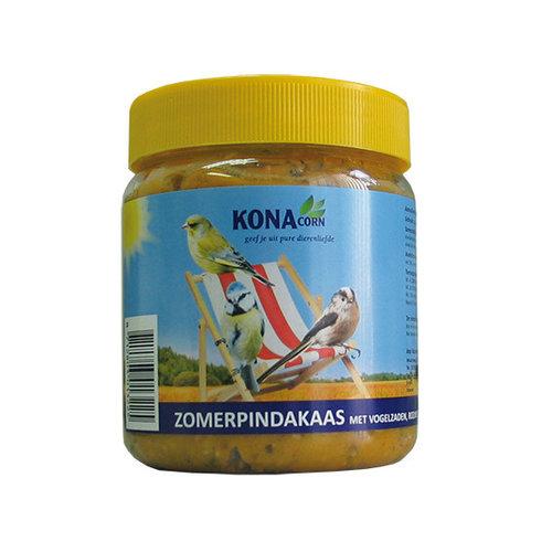 Konacorn KC zomerpindakaas met vogelzaden, rozijnen en insecten 550 g.