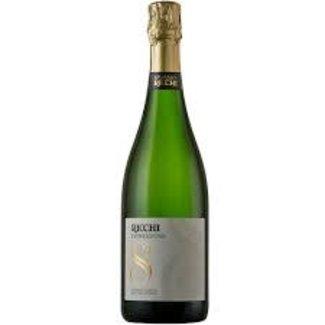 Ricchi 'Espressione 8',  85% Chardonnay and15% Pinot Noir,Spumante Brut 2014
