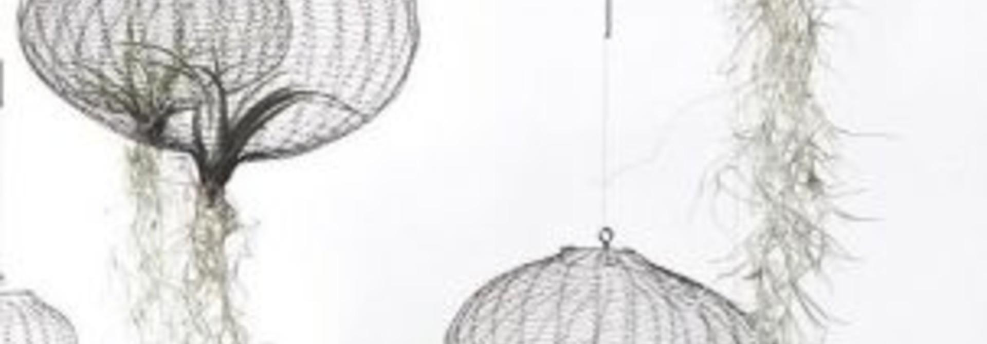 3 x WIRED: TOP DESIGN VAN METAALDRAAD EN KIPPENGAAS