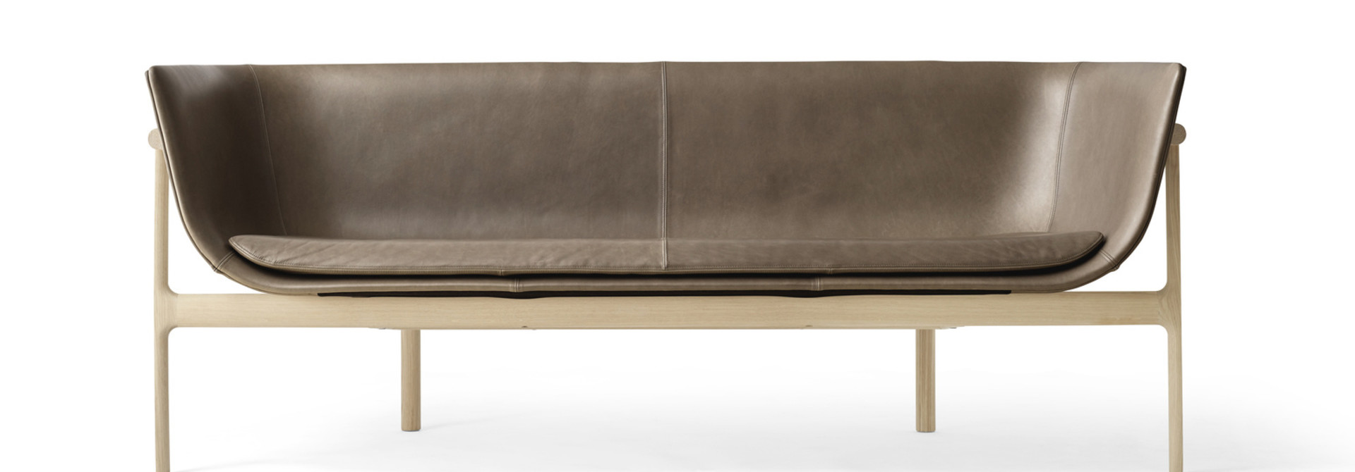 Tailor Sofa - Natural Oak/Dakar