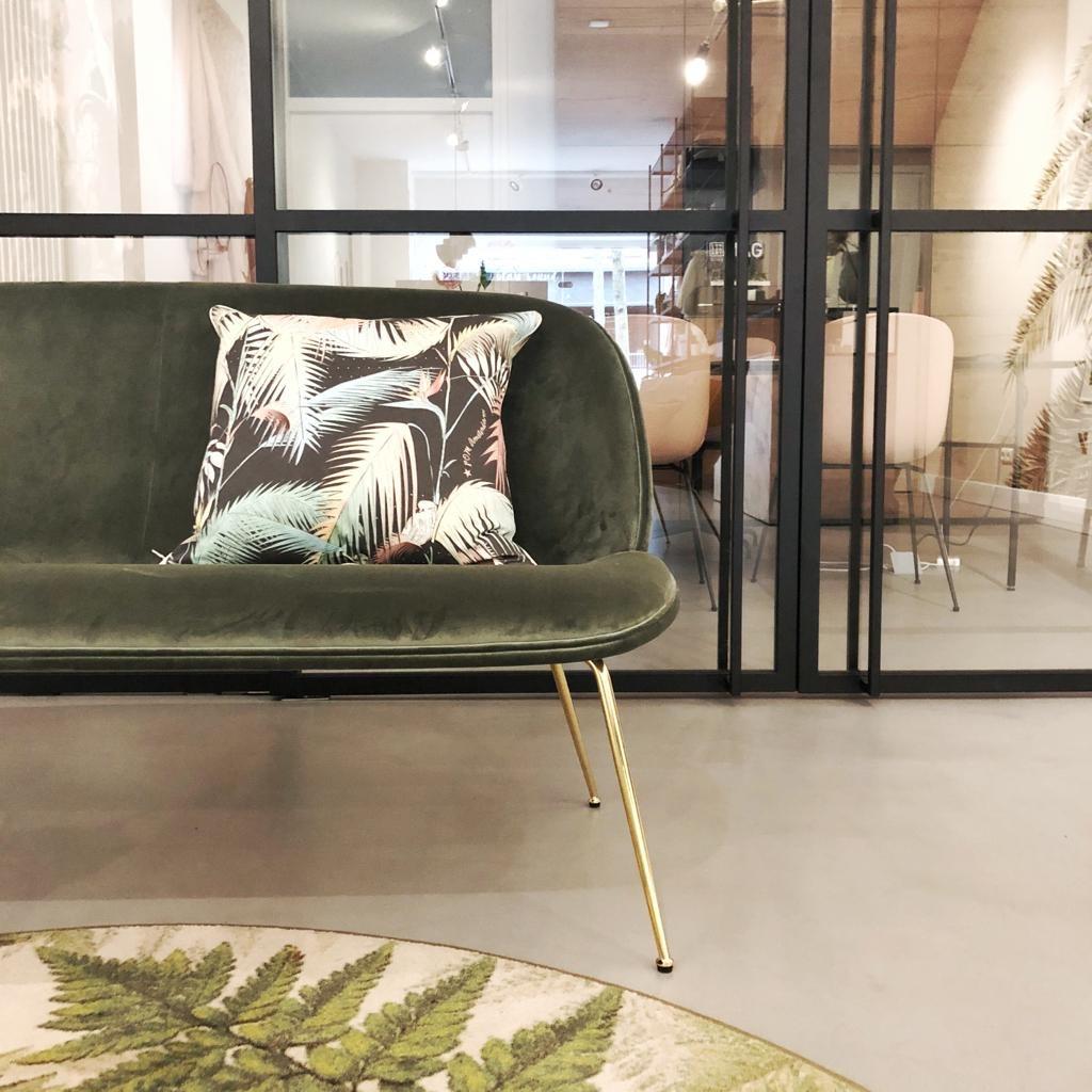 Beetle Sofa Showroommodel-1