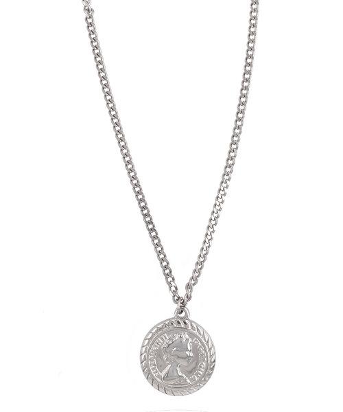 Queen in Silver Necklace
