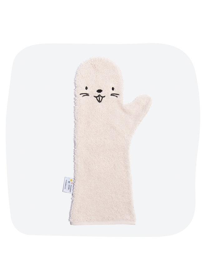 Invented4kids - Baby shower glove - Pink - Beaver