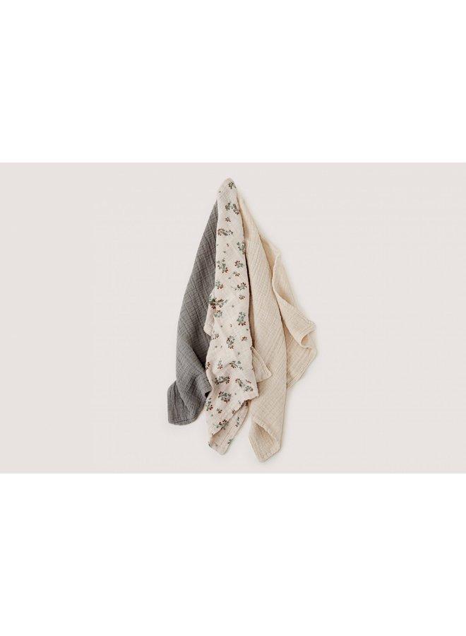 Clover Burp Cloths 3 pcs