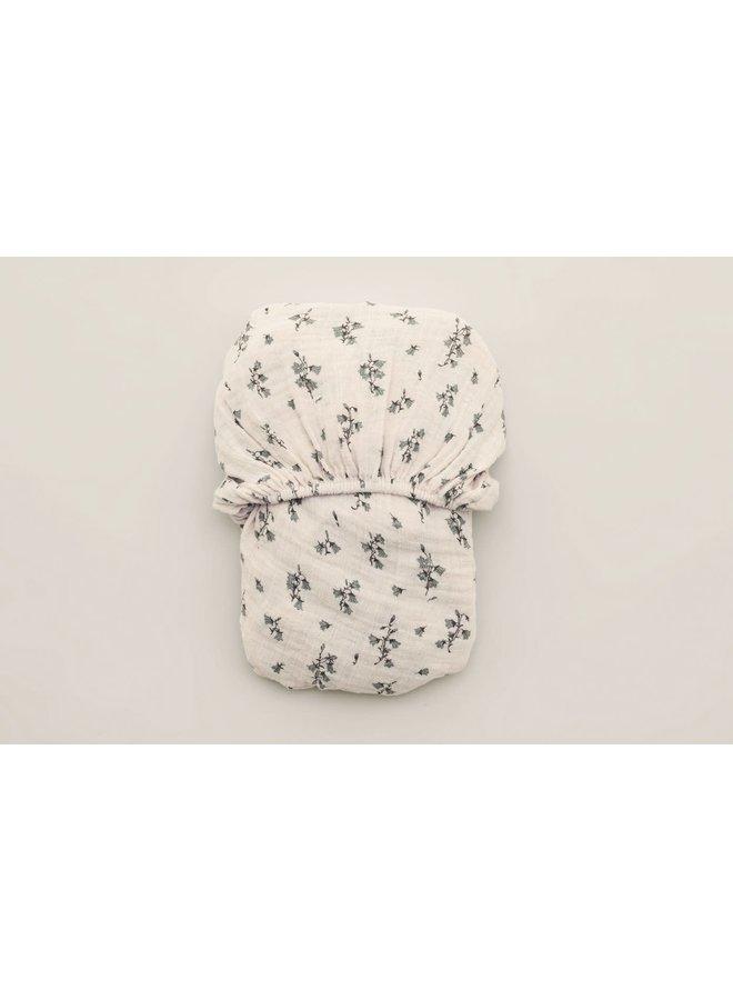 Garbo & Friends - Bluebell Muslin Fitted Sheet Junior - 70 x 140 x 20