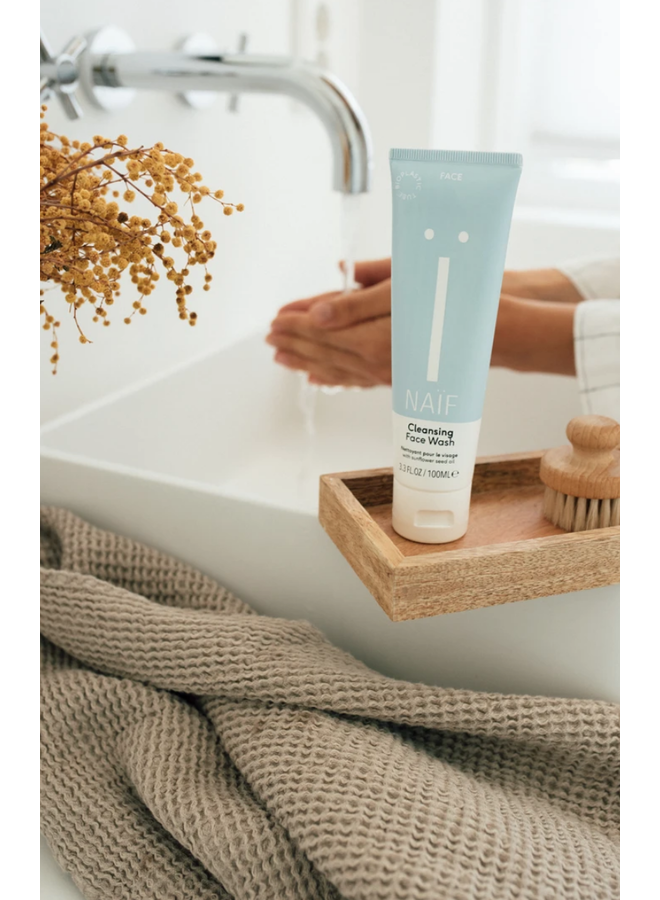 Cleansing Face Wash - Mama