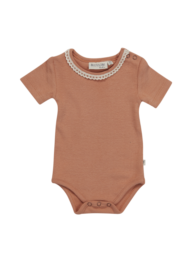 Body short sleeve with lace - soft rib - Deep Toffee