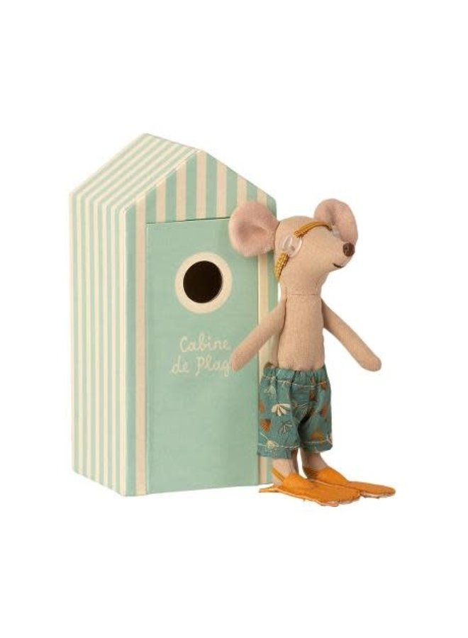 Beach Mice, Big Broter In Cabin De Plage