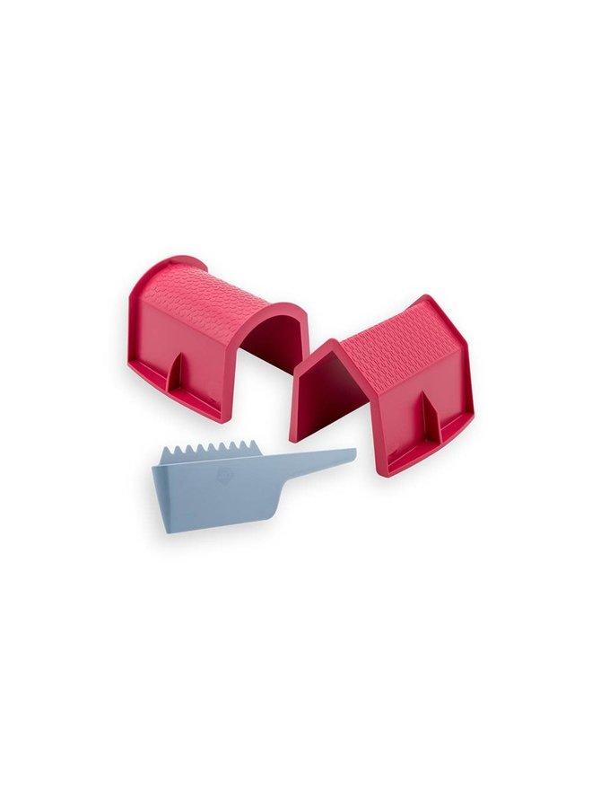 House, Barn & Scraper