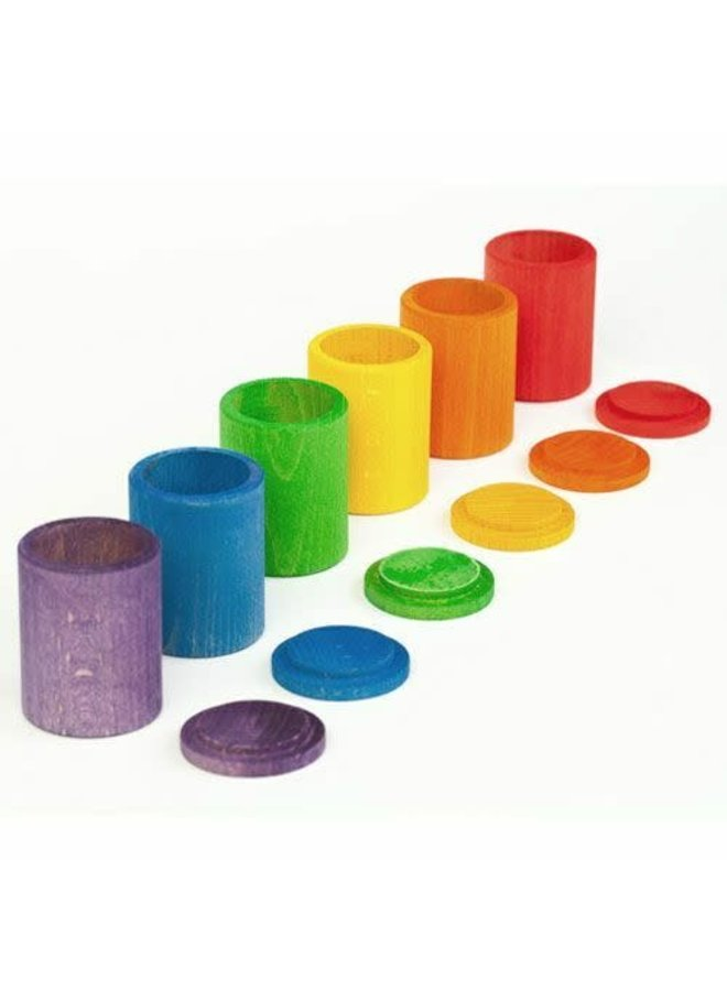 16-137 - 6 coloured cups with cover/wooden toys