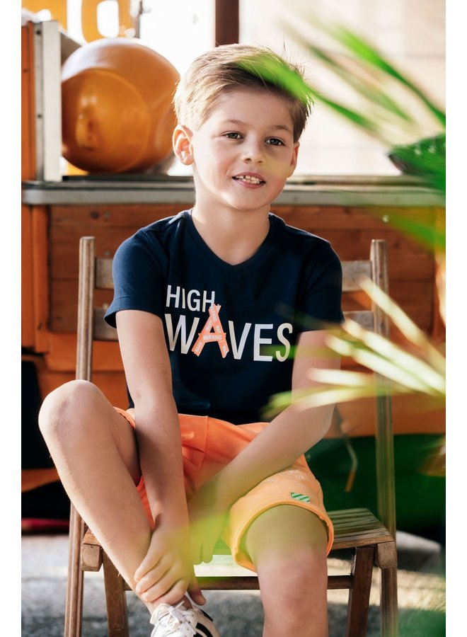Boys - V-neck t-shirt with chest artwork - Oxford blue