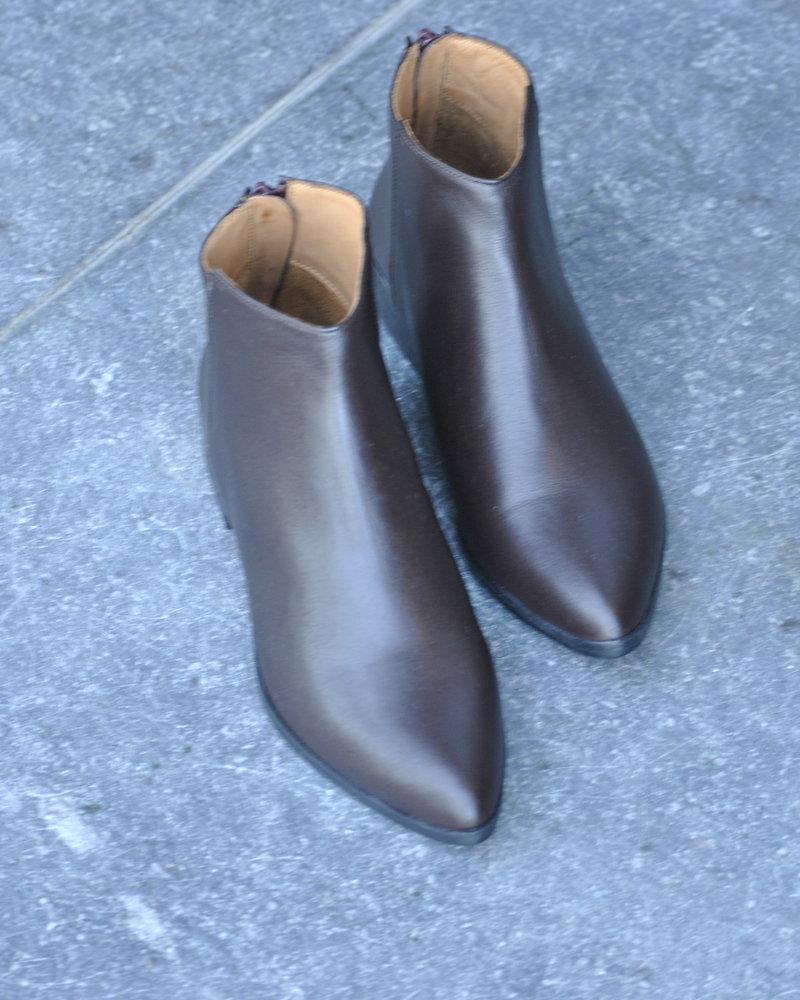 Anthology flat boot