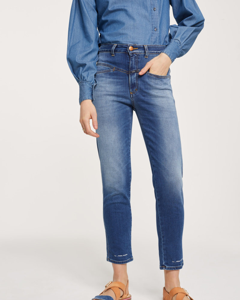 Closed blue jeans, hight waist