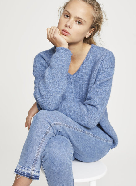 Closed knit