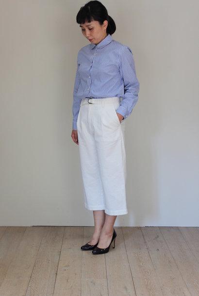 pant white