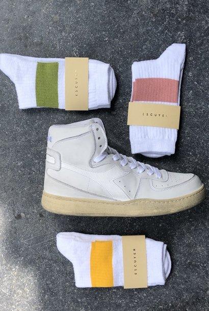 white melange band socks