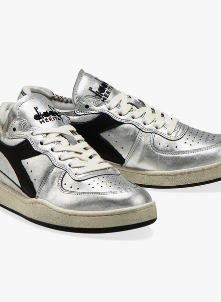 Diadora row cut silver used