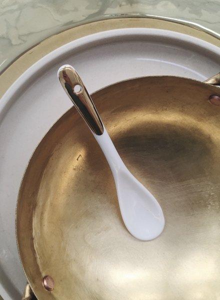 Baan spoon porcelain