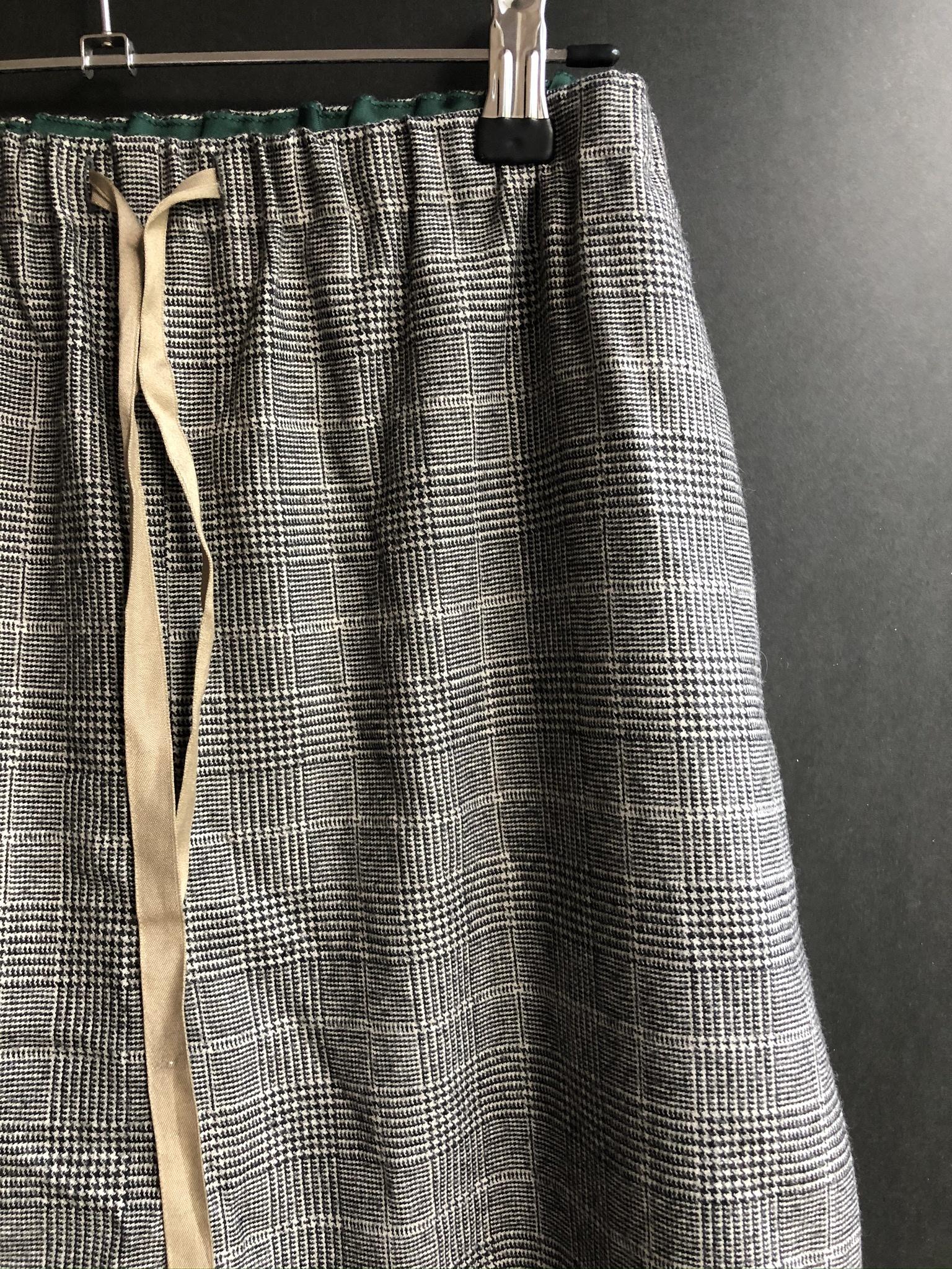 pants check-2